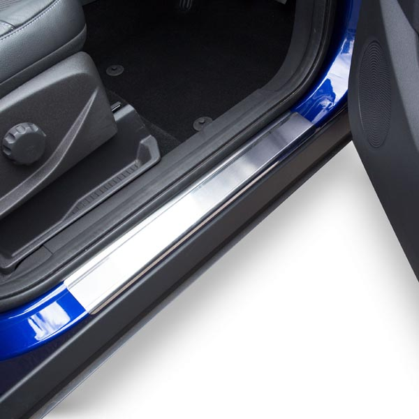 Travall® Sillguards für Ford Escape (2012 >) / Kuga (2013 >)