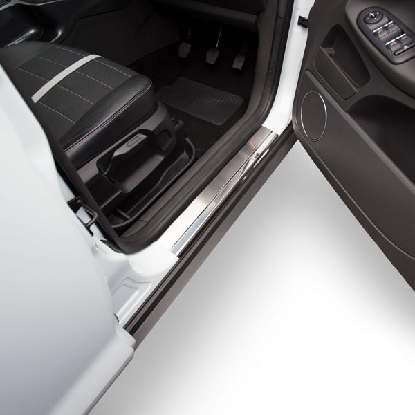 Travall® Sillguards für Ford Kuga (2008-2013)